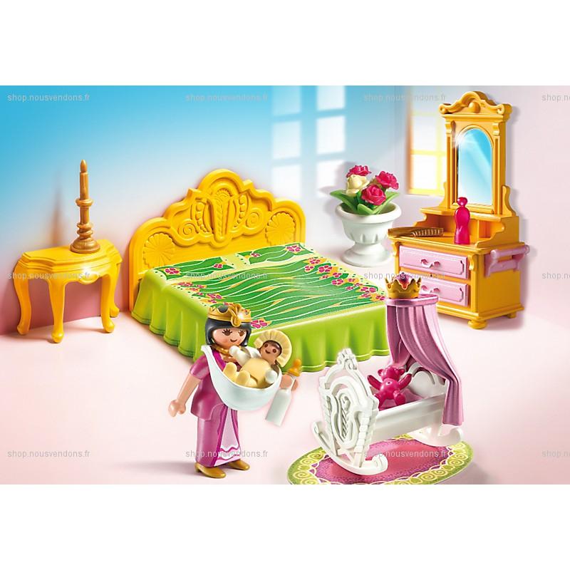 Chambre de la reine avec berceau playmobil 5146 f m for Salle a manger playmobil 5145