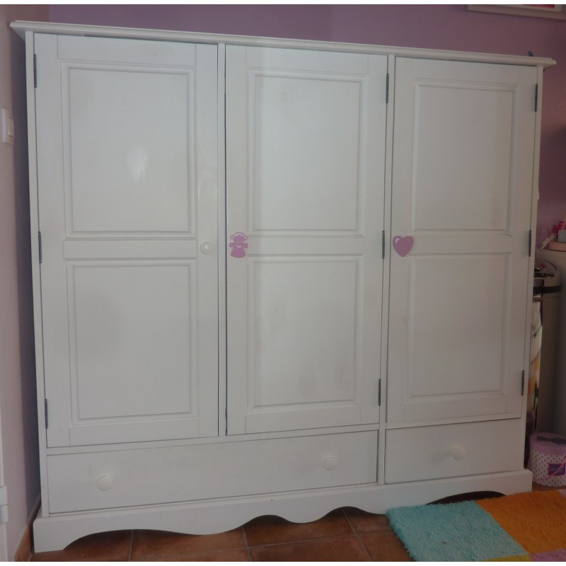 armoire blanche pin massif 3 portes f m la boutique. Black Bedroom Furniture Sets. Home Design Ideas