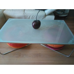 Table basse (en verre)