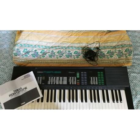 Synthétiseur Yamaha PSR 32